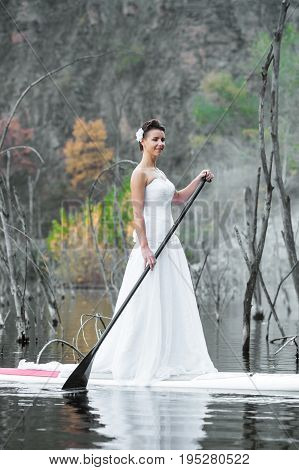 Sup Girl Bride Stand Up Paddleboard 04