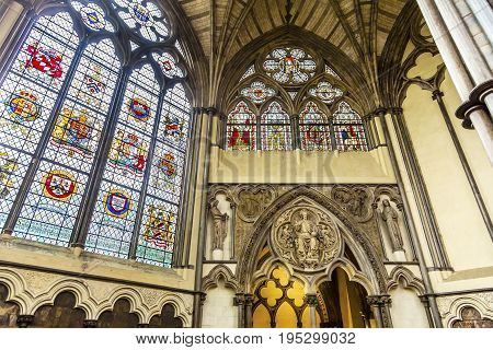 LONDON, ENGLAND - JANUARY 16, 2017 Interior Arches Stained Glass 13th Century Chapter House Westminster Abbey Church London England. Westminister Abbey has been the burial place of Britain's monarchs since the 11th century and is the setting for many coro