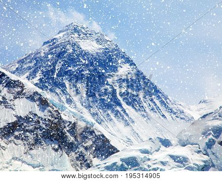 View of top of Mount Everest with clouds and snowfall from Kala Patthar way to mount Everest base camp khumbu valley nepalese himalayas - Nepal