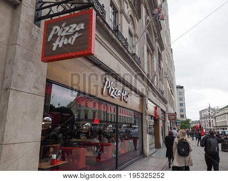 Pizza Hut Store In London