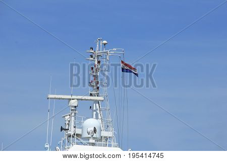 A radar and communication system on a ship