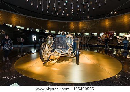 STUTTGART GERMANY- MARCH 19 2016: Vintage car Mercedes-Simplex 40 PS 1902. Mercedes-Benz Museum.
