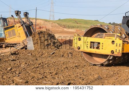 Earthworks Dozer Compactor Machines