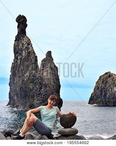 Ilheus Da Rib And Ilheus Janela Rocks