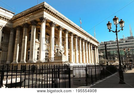The Bourse of Paris located in Brongniart palace.It is an essential flagship monument on Paris historic landscape.It was built by the architect Brongniart at the behest of Napoleon Bonoparte.