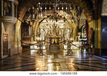 Jerusalem Israel Mai 05 2017 : Jerusalem Israel. On a Mount Calvary altar in Temple of the Holy Sepulchre Jerusalem Israel