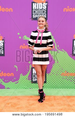 LOS ANGELES - July 13:  Lizzy Greene at the Nickelodeon Kids' Choice Sports Awards 2017 at the Pauley Pavilion on July 13, 2017 in Westwood, CA
