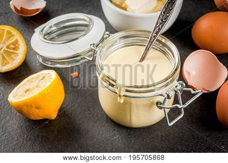 Basic Hollandaise Sauce