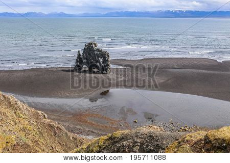 Hv tserkur, high basalt stack along the eastern shore of the Vatnsnes peninsula, in northwest Iceland