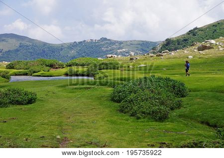 Trekking In Corsica: Bergeries De I Pozzi