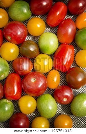 Various colored organics tomatoes