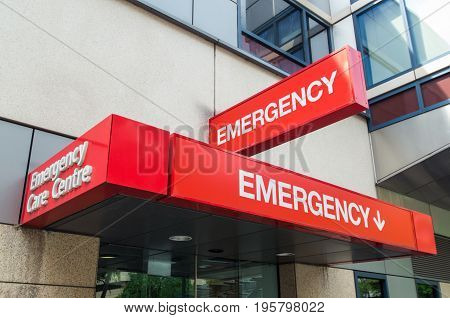 Hospital emergency room sign outside an Australian hospital