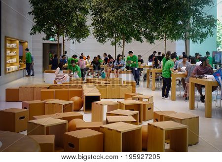 Apple Store In Orchard Rd, Singapore