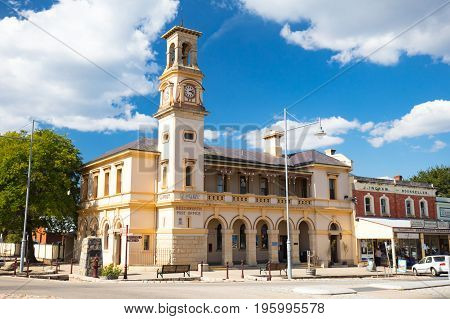 Beechworth, Australia - April 4 2017: Historic Beechworth town centre on a warm autumn day in Victoria, Australia