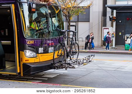 Seattle, Washington, Usa - October 18, 2019: A Bicycle On The Front Of A Public Bus In Downtown Seat
