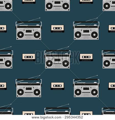 Seamless Pattern With Old Boomboxes And Tape Cassettes. Stylish Vintage Music Print. Retro Vector Il