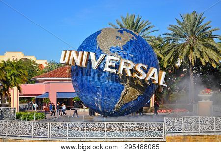 Orlando, Fl, Usa - Dec. 17, 2010: Universal Globe At The Entrance To Universal Studios Park In Orlan