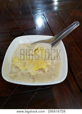 Durian sticky rice with coconut milk Dessert It is scrumptious poster