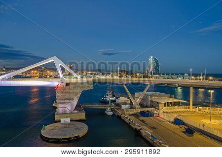 Barcelona, Spain - November 10, 2018: Port Vell With Its Cruise Terminal, Bascule Bridge Porta Europ