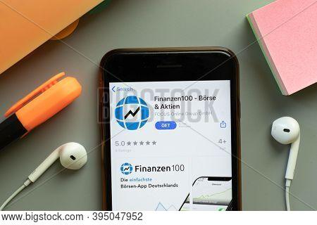 New York, United States - 7 November 2020: Finanzen100 App Store Logo On Phone Screen, Illustrative