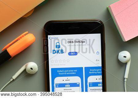 New York, United States - 7 November 2020: Dkb-tan2go App Store Logo On Phone Screen, Illustrative E