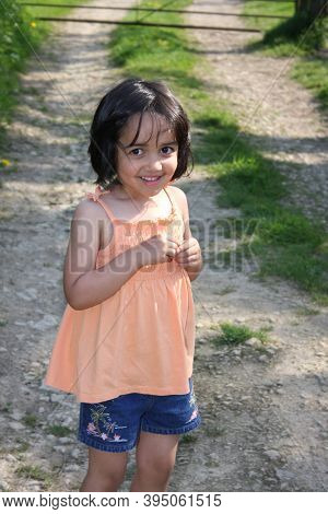A Portrait Of A 5 Year Old Girl On A Country Walk In The Uk, Taken On The 9th Of May 2009 In Witney,