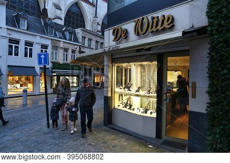 Brussels, Belgium - November 19, 2016: People Visit Brussels Old Town Area. Brussels Is The Capital