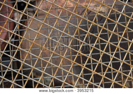 Wire Grid Screen Rusty