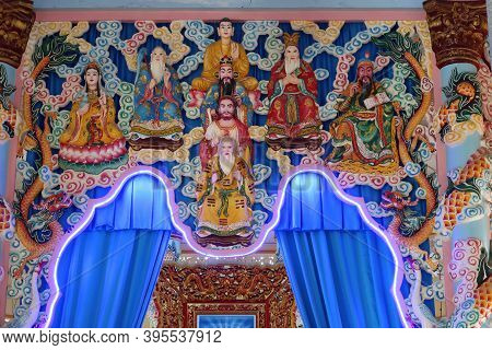 Hoi An, Vietnam, November 19, 2020: Images Of Different Deities In The Main Hall Of Worship Of The C