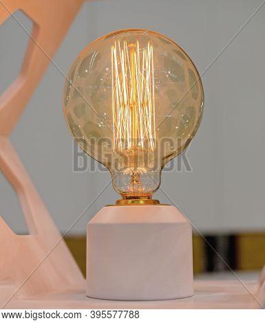 Big Round Retro Style Edison Ligh Bulb