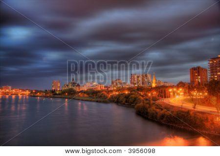 Saskatoon in der Nacht
