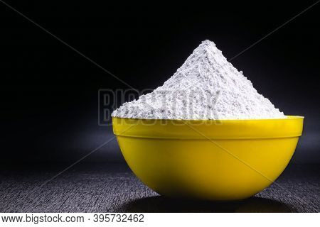Homemade Chemical Yeast, An Additive That Is Put In The Cake Dough To Make It Grow, Without Aluminum