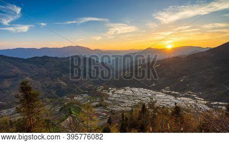 Laohuzui(tiger Mouth) Rice Terrace At Sunset, Yuanyang, Yunnan, China