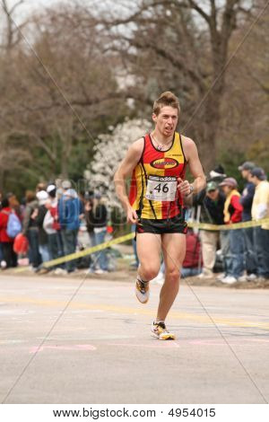 Boston, Ma 04 20 2009 Fred   Joslyn Struggles And Grimaces As He Races Up Heartbreak Hill During The