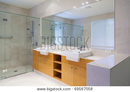 Double Bathroom