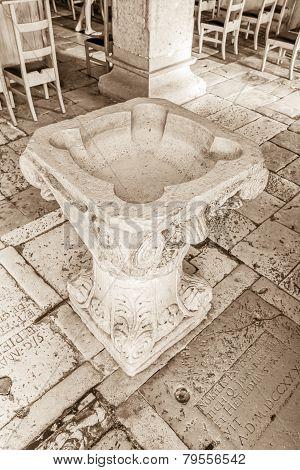 Supetar church baptistery