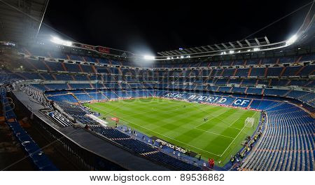 Santiago Bernabeu Night