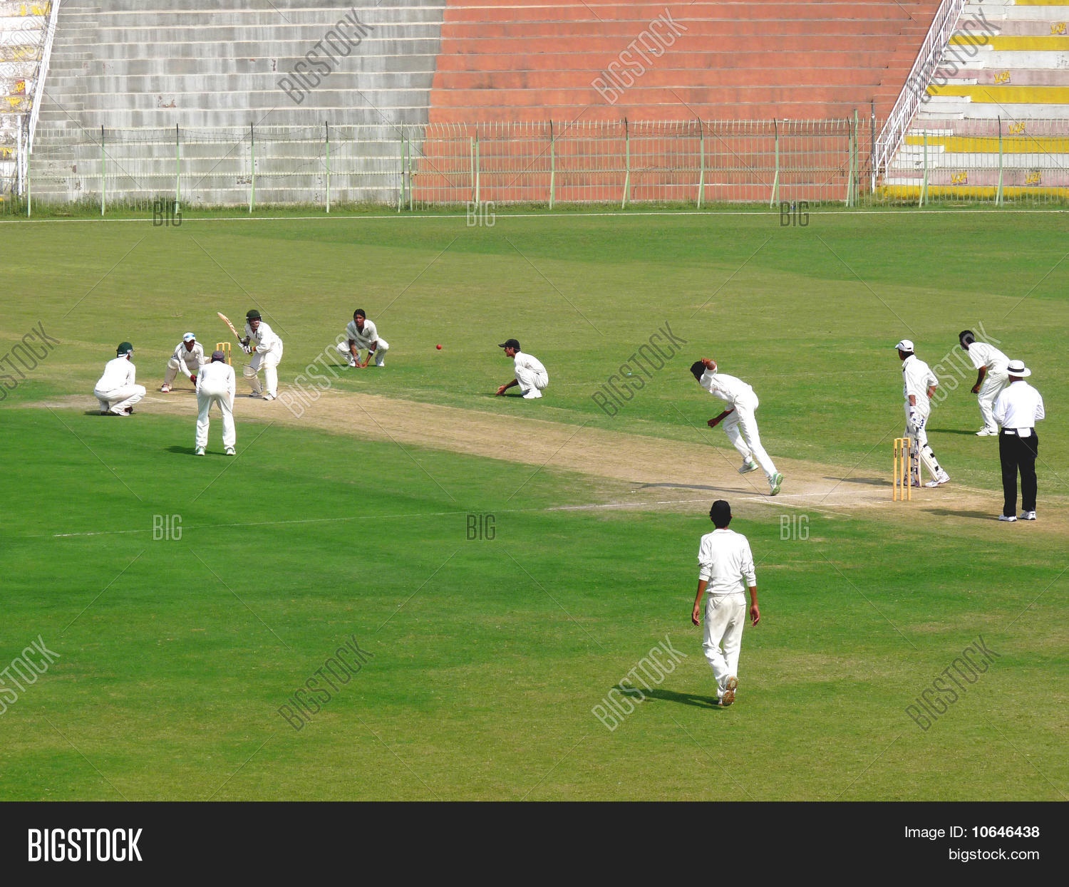 Cricket Bowling Attack Image & Photo (Free Trial) | Bigstock