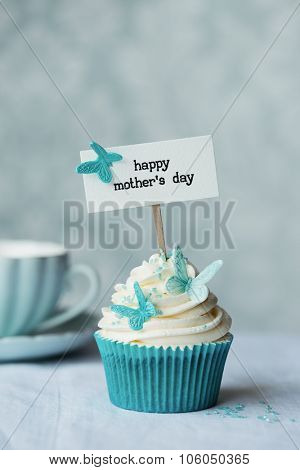 Mother's day cupcake with butterflies