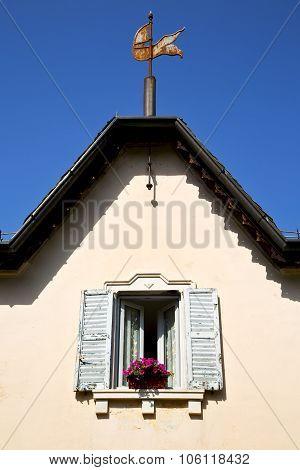 Venegono Window  Varese Palaces Italy     Concrete  Brick