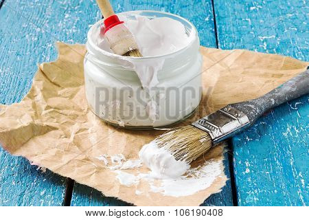 White Paint For The Repair And Brush