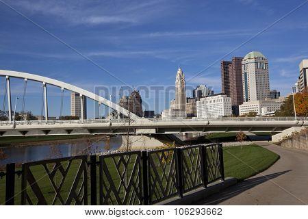 The Scioto Greenway project in columbus, Ohio revitalized the riverbank of the Scioto River