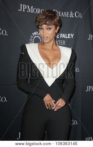 LOS ANGELES - OCT 26:  Tyra Banks at the Paley Center's Hollywood Tribute to African-Americans in TV at the Beverly Wilshire Hotel on October 26, 2015 in Beverly Hills, CA
