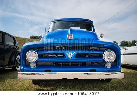 Blue 1953 Ford F100 Pickup Truck