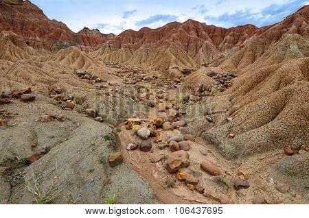 Stones In Sand Formations Of Tatacoa Desert