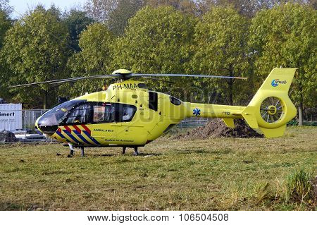 Air Ambulance Helicopter - Dutch Lifeliner 1 (Medevac)