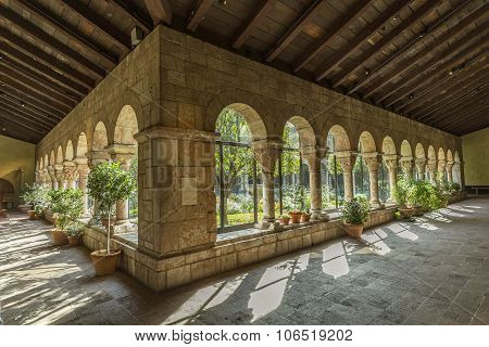 Colonnade and garden at The Cloisters