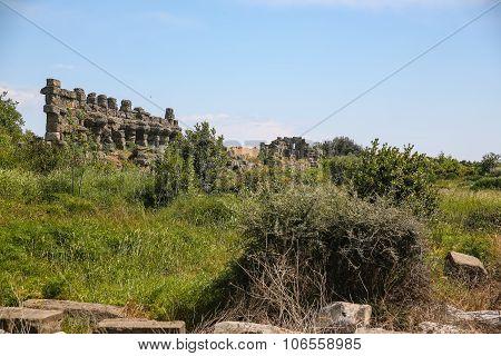 Side Ruins