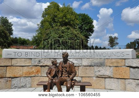Abraham Lincoln and son's statue in Richmond, Virginia