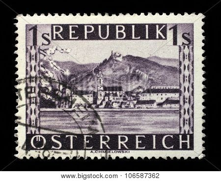 AUSTRIA - CIRCA 1946: stamp printed by Austria, shows Durnstein, circa 1946